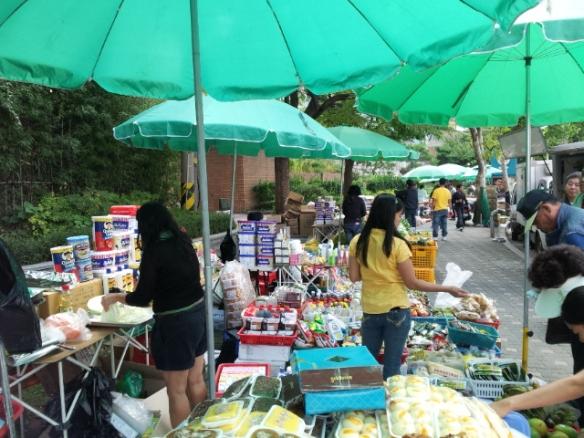 Filipino market - aos domingo